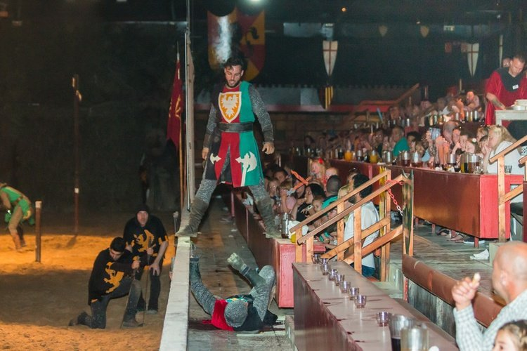 desafío medieval cena-espectáculo alfaz del pi
